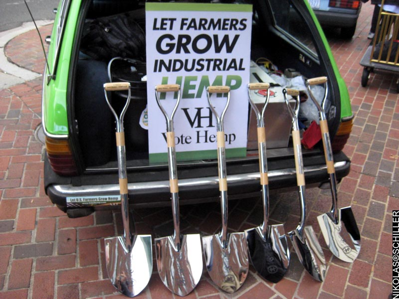 Photograph of the symbolic shovels used in the demonstration